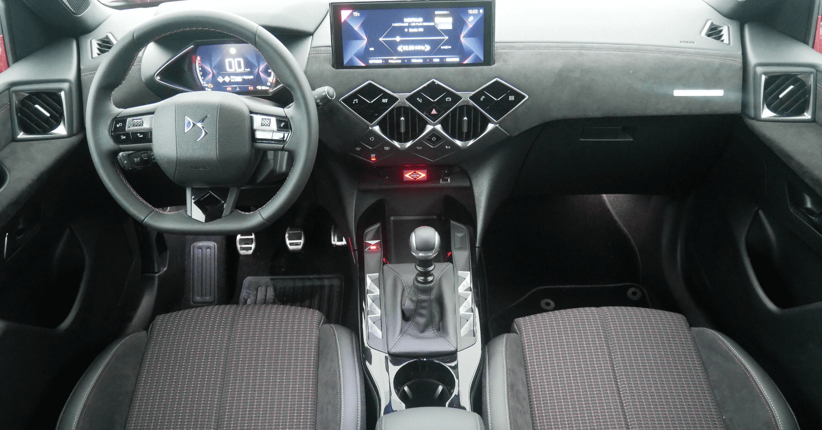 DS 3 Crossback  Performance Line BlueHDi 100 CV